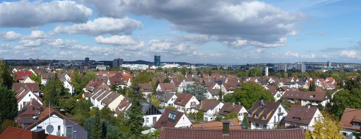 Großzügige helle 3-Zi.-Maisonette-Wohnung mit Balkon in Aussichtslage von Stgt-Rohr, provisionsfrei