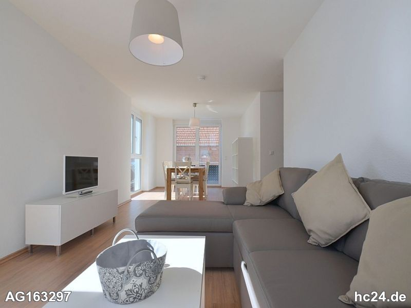 Modern möblierte Wohnung mit Balkon und Internet in Stuttgart Vaihingen
